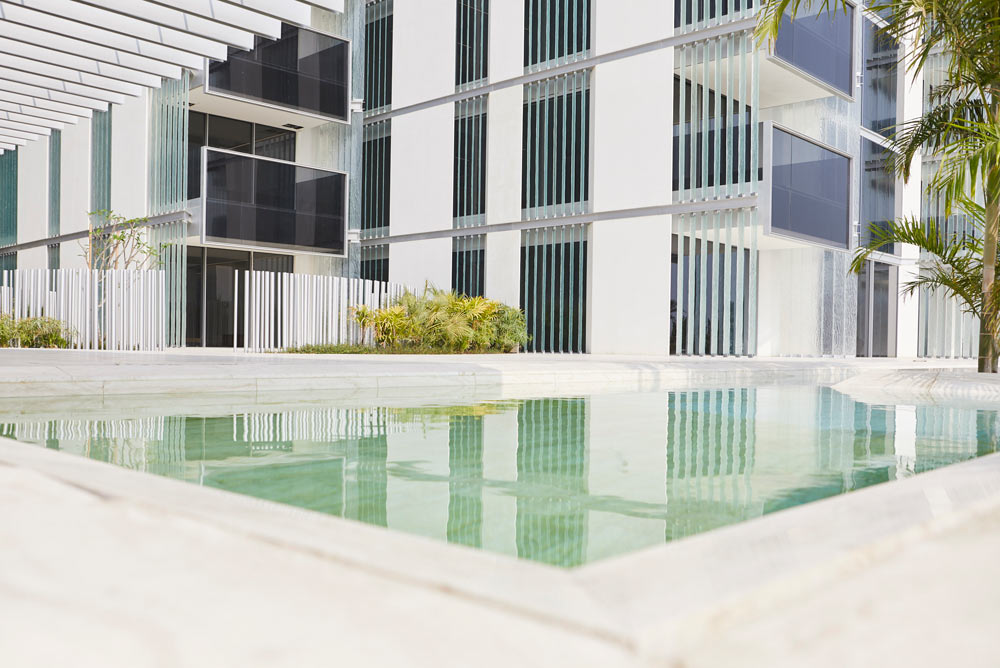 modern apartment and swimming pool on palm Jumeirah by airey spaces